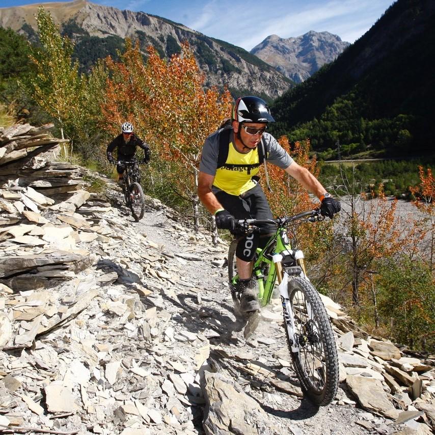 traversée vtt des Alpes Fabuleuse traversée des Alpes, le Gratin dauphinois à vtt
